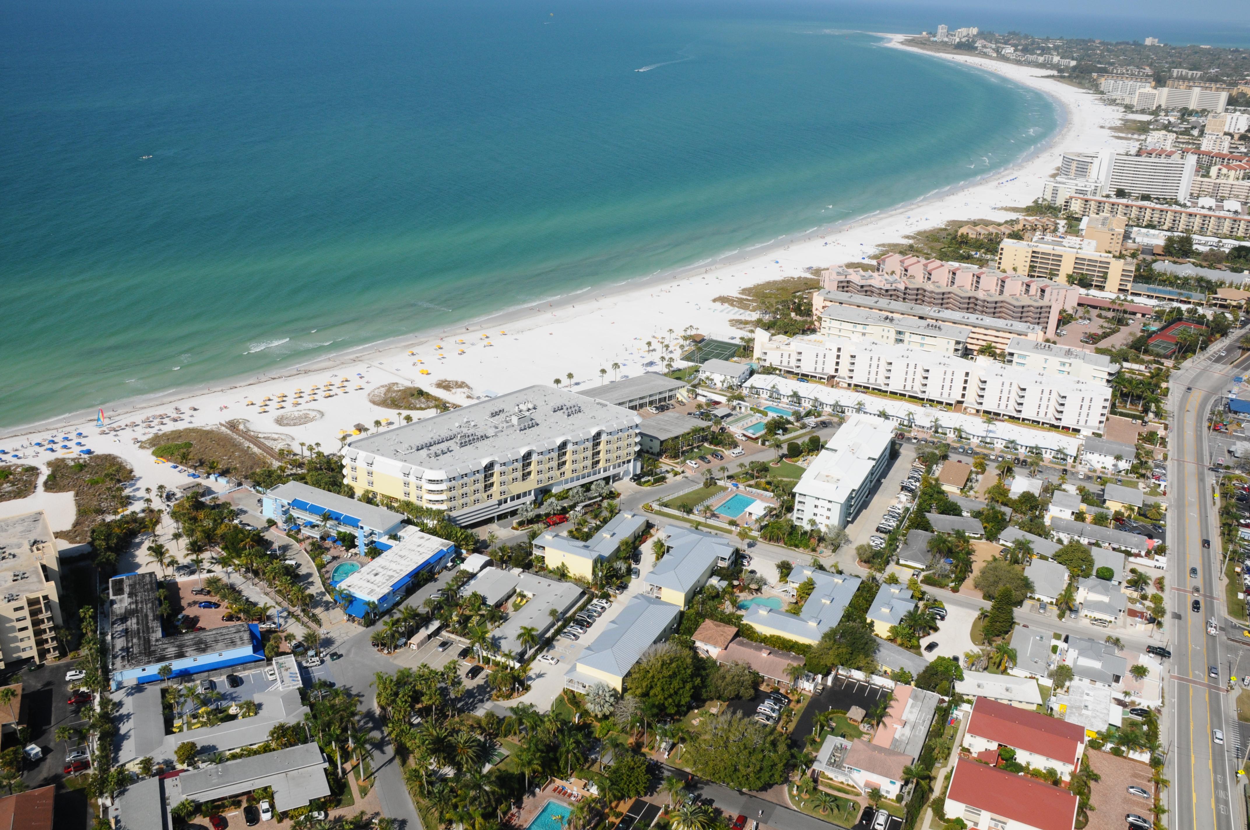 Siesta Key Beach with RVA Vacation Rentals