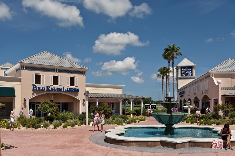 Ellenton Premium Outlets in Sarasota, Florida with RVA Vacation Rentals