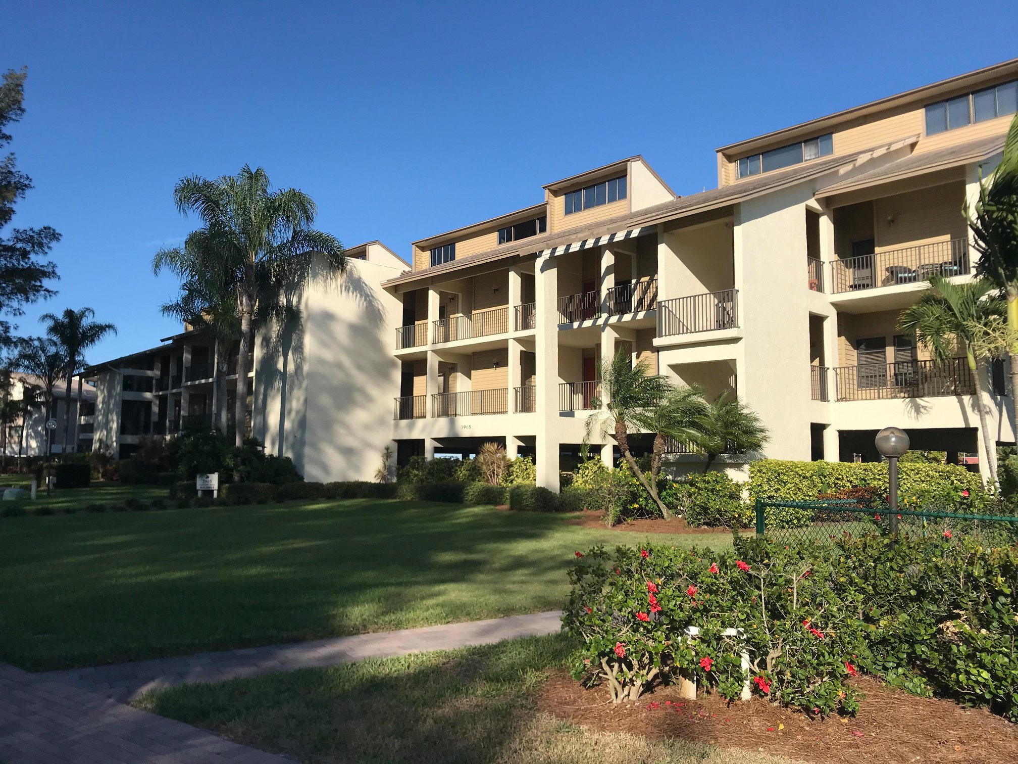 Mariners Cove #824 by RVA Vacation Rentals